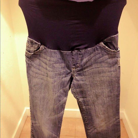 Liz Lange for Target Denim - Maternity ankle cut jeans